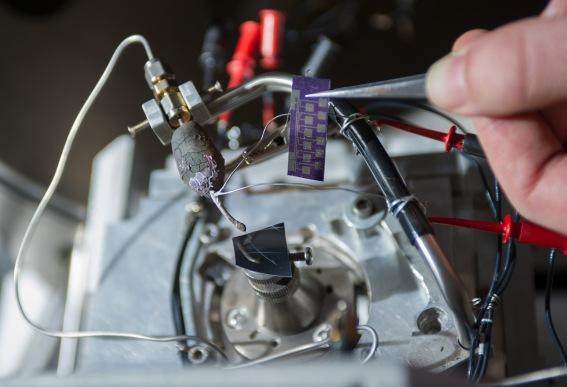 nanoscale-additive FEBID