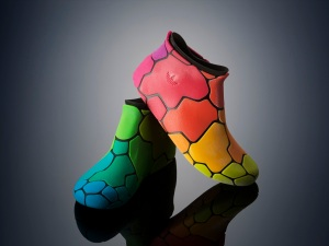 color_and_rubber_shoes