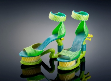 extreme-serpent-shoes-in-green