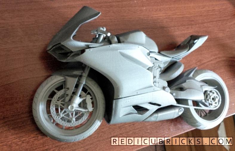 Ducati01