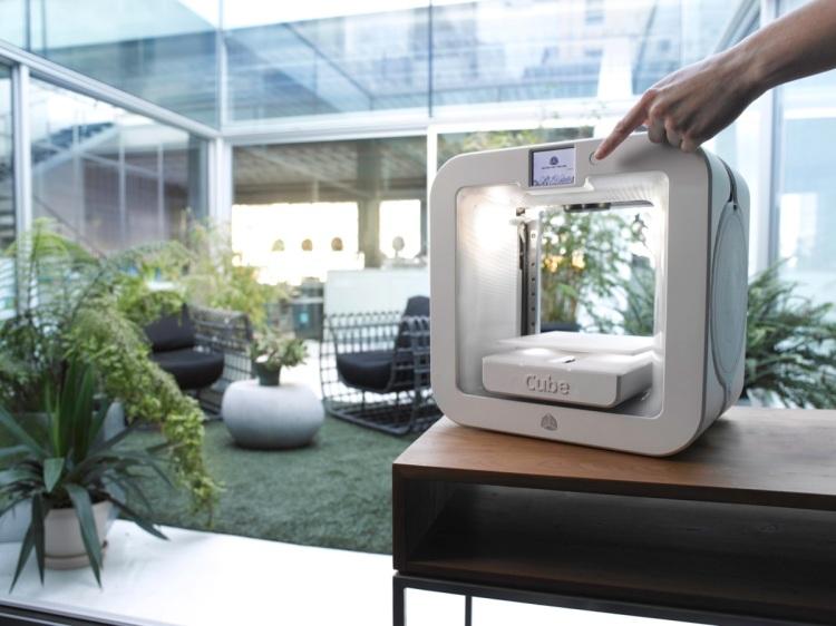 2.3.3a - CJP - 3D Systems - Cube 3 lifestyle