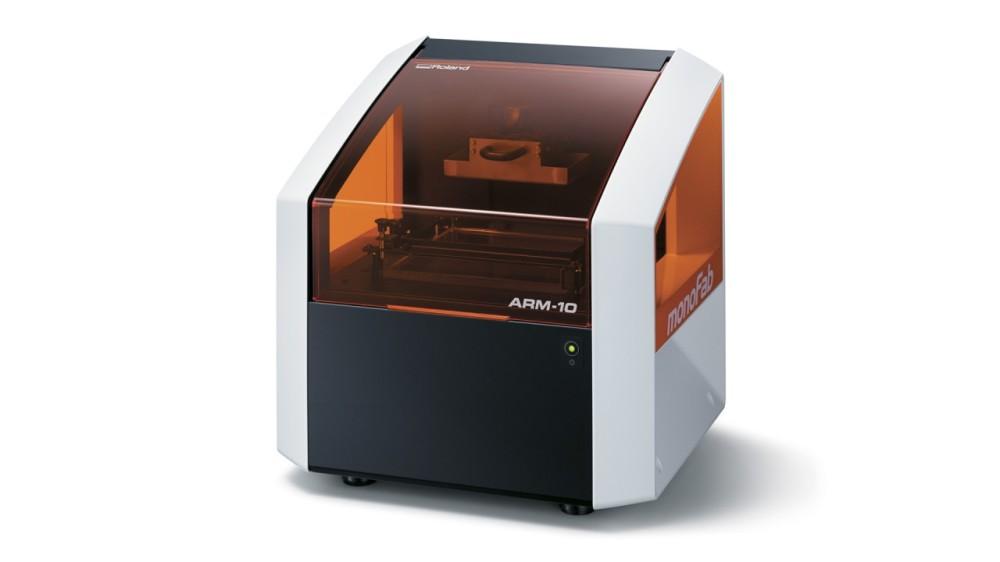 ARM-10_Roland