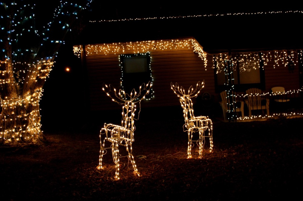 led-lighting-christmas-lights-outdoor-light-indoor-light-divine-outdoor-lighted-christmas-santa-reindeer-decoration-outdoor-christmas-lighted-decorations-yardoutdoor-lighted-christmas-presents-yar