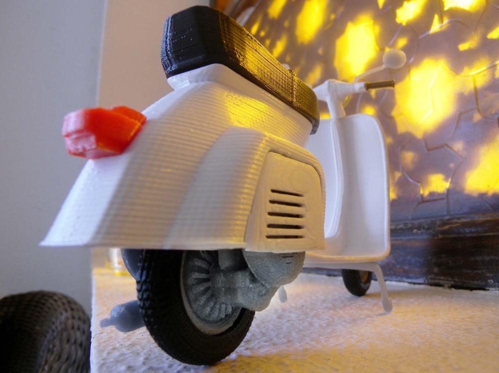 Mao Casella Vespa 3D Print6
