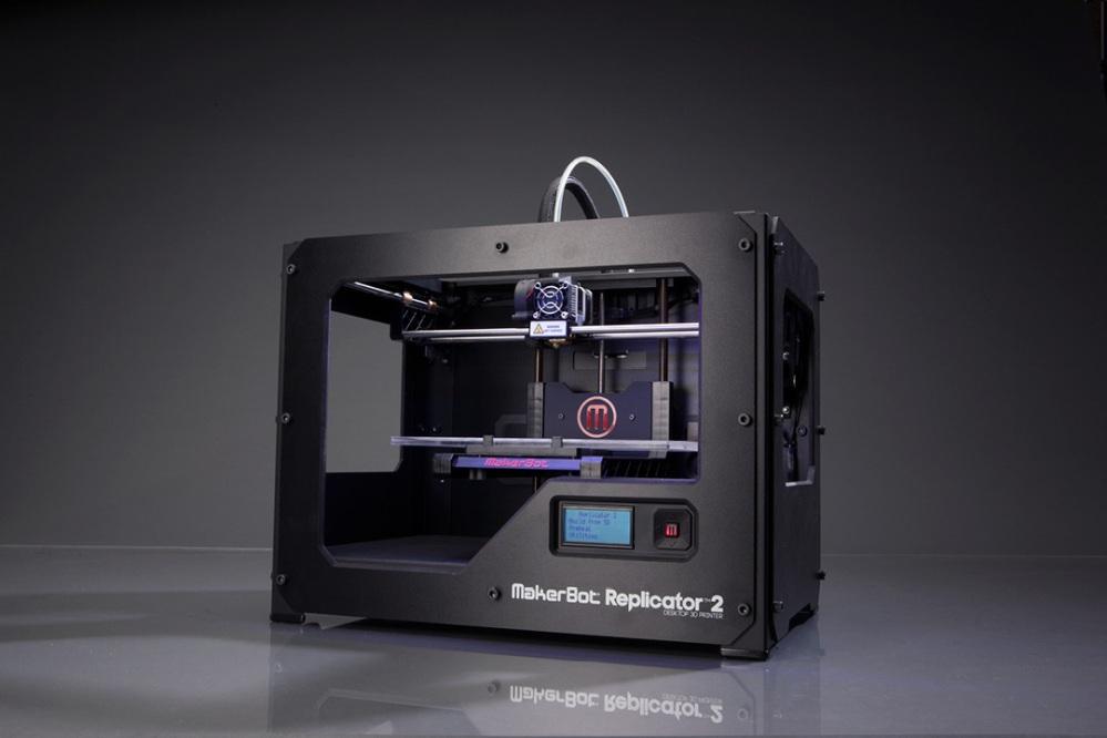 7 MakerBot Replicator 2